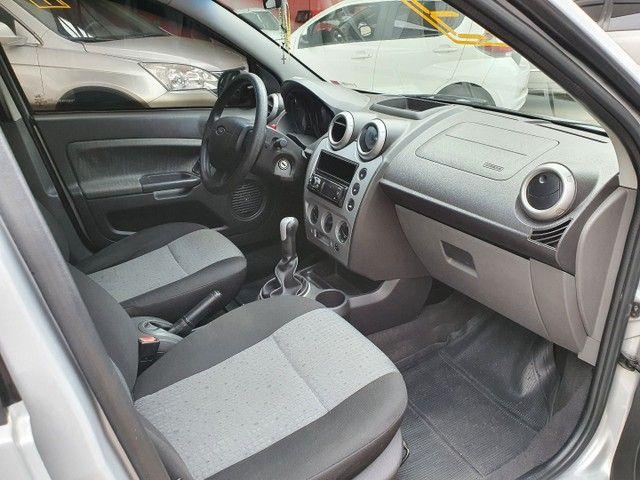 Fiesta Sedan Class 1.6 completo - Foto 7