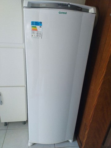 Geladeira Eletrolux Frost Free - Foto 2