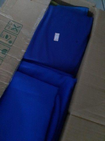 Vende.se   tecidos pra decoração (failete.cetim e malha) - Foto 4