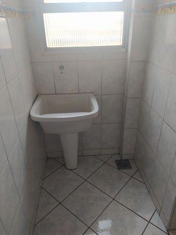 Vendo ou troco, apartamento em condomínio tranquilo e seguro. - Foto 17