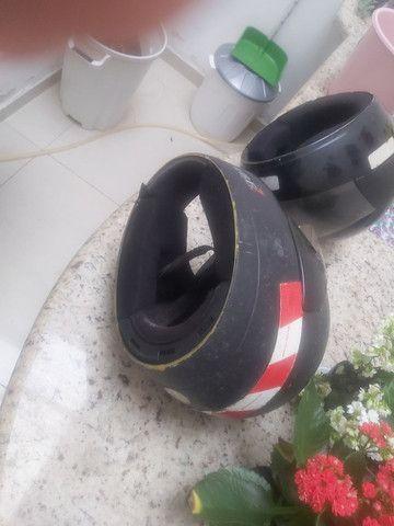 2 capacetes por 50 reais - Foto 4