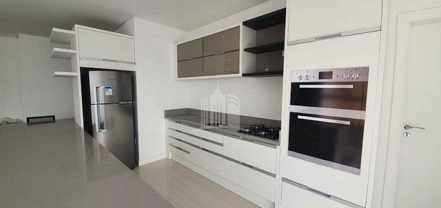 Apartamento Novo Mobiliado com amplo Living - Foto 10