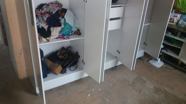 Vindo um guarda roupa bem conservado  - Foto 3