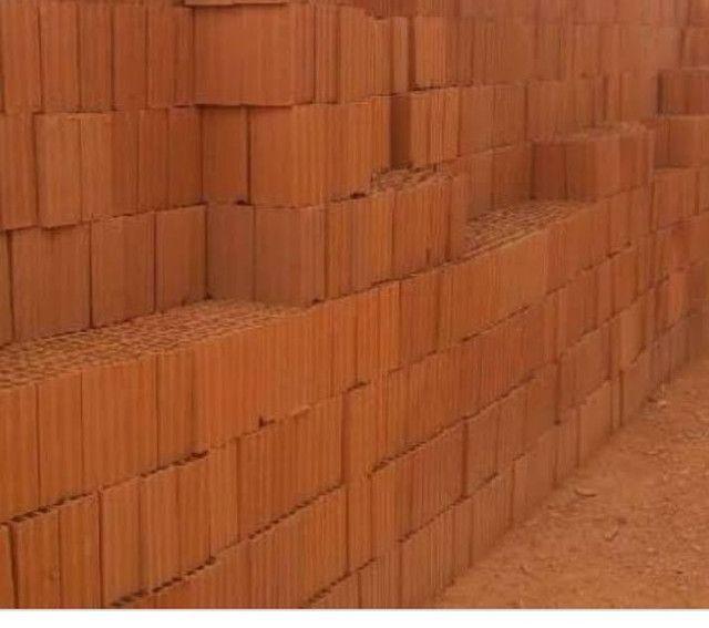 Vendo 3 milheiros de tijolo barato