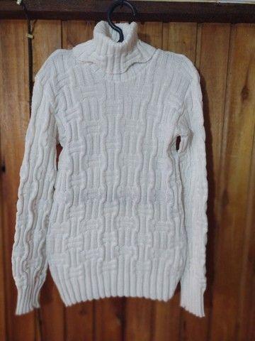 234 - Blusa de lã branca feminina - Tam G - Foto 2