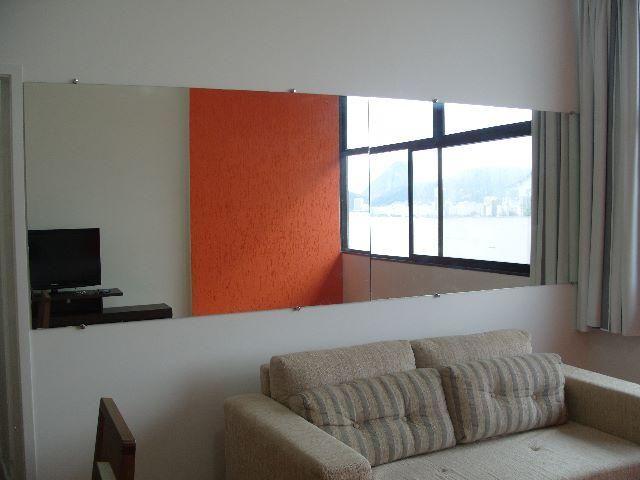 Ótimo apt 03 quartos na Av. Atlântica em Copacabana