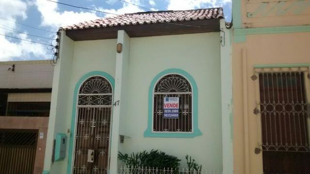 Casa (Consultório) no Centro de Slz - Vendo