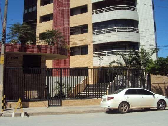 Condomínio Heitor Cavalcante