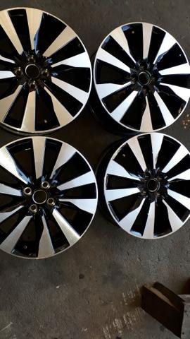 Roda aro 17 Nissan Kicks (original) - Foto 3