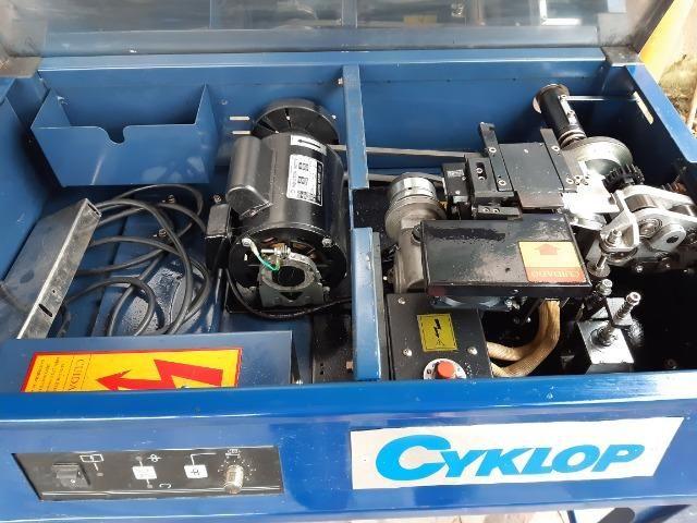 Máquina de arquear Cyklop SP4