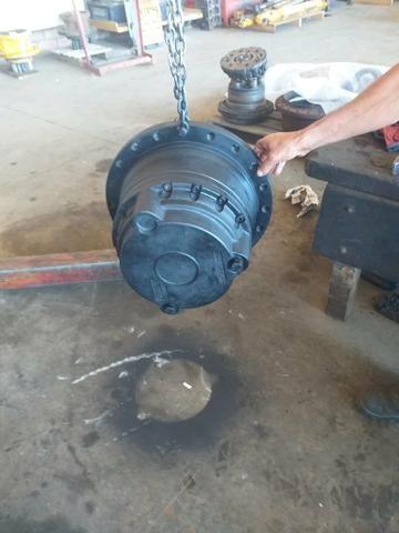 Motor de Tração Escavadeira - Foto 3