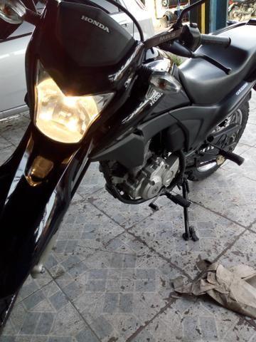 Linda moto Bros