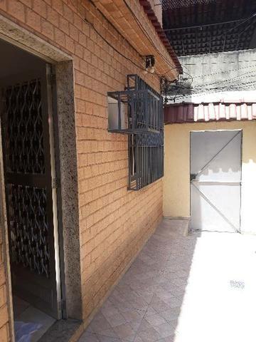 Alugo excelente casa em Vila residencial.  - Foto 12