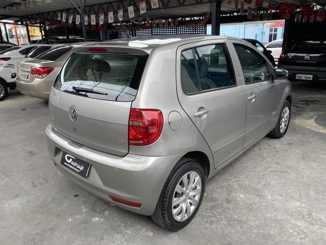 Volkswagen Fox 2012 1.6 completo de tudo - Foto 7