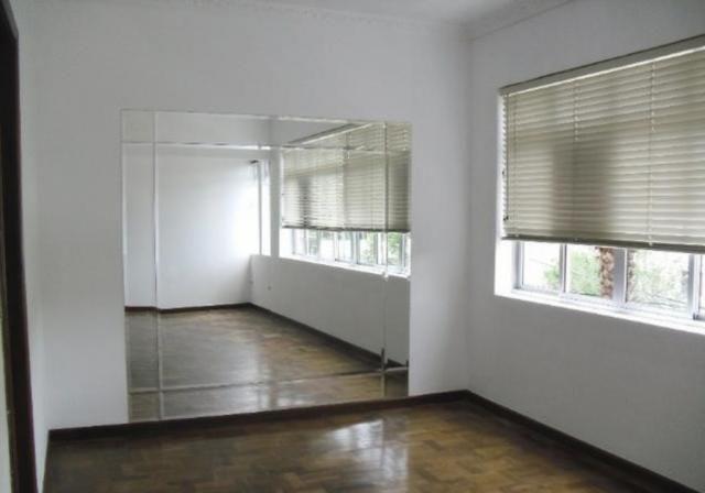 Apartamento 3 quartos no Bigorrilho próximo ao Shopping Batel, Hospital Ônix, Rua Saldanha - Foto 3