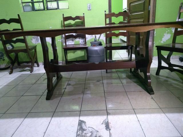 Mesa com 6 cadeiras madeira maciça de Imbuia - Foto 4