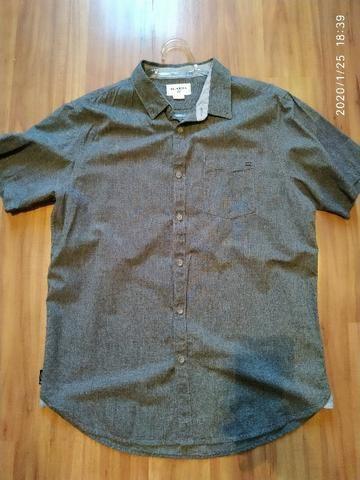 Camisa de botão Importada Billabong Tamanho XL