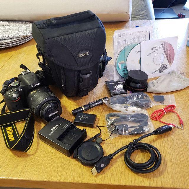 Nikon D5100 com bolsa mais lente extra