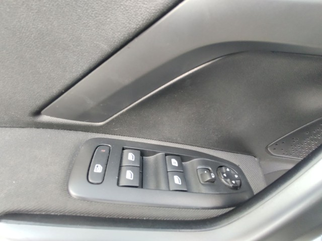 Peugeot 208 Griffe 1.6 At 2016 1 ano de garantia Julio Cezar 81 9. * - Foto 9