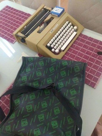 Máquina de escrever Olivetti LETTERA 25 - Foto 5