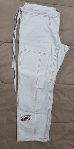 Kimono Branco + Faixa e mochilinha(Preco Único) - Foto 3