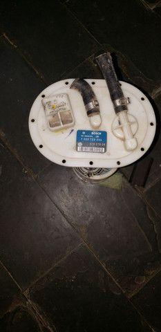 Bomba de combustível bosch 51807828
