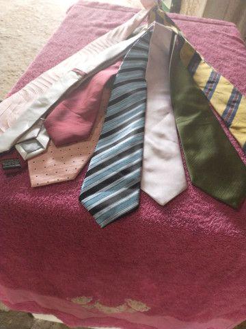 Vendo 8 gravatas 70 reais todas novas são boa as marcas - Foto 5