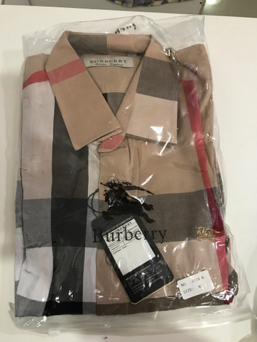 Camisa Burberry slim 40