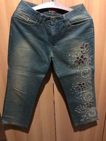 Conjunto de calça e jaqueta jeans bordado  - Foto 4