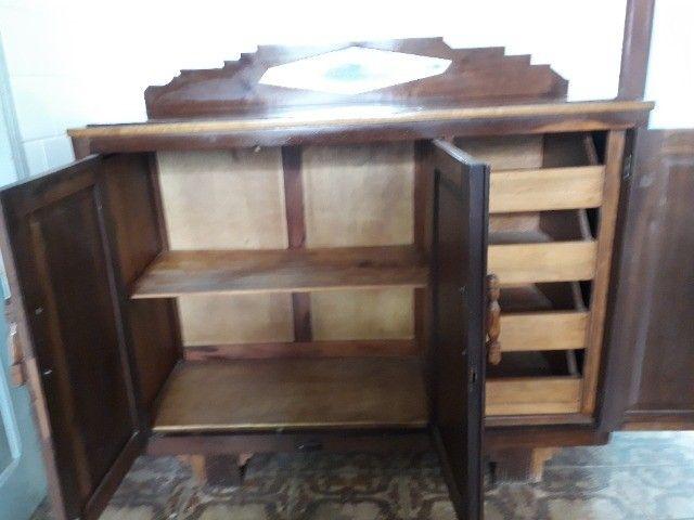 Armario para cozinha  em madeira imbuia bem antiga - Foto 3