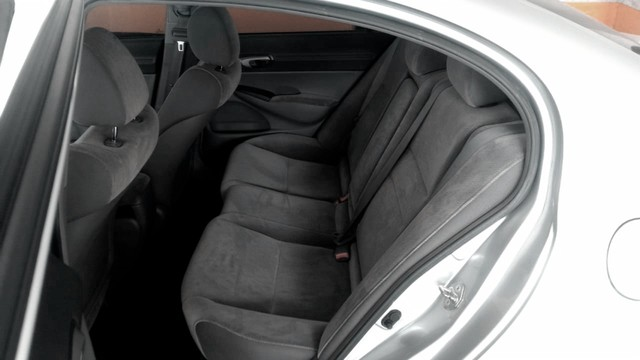 Honda Civic 1.8 LXS 16V Flex 4P Automático - Foto 9
