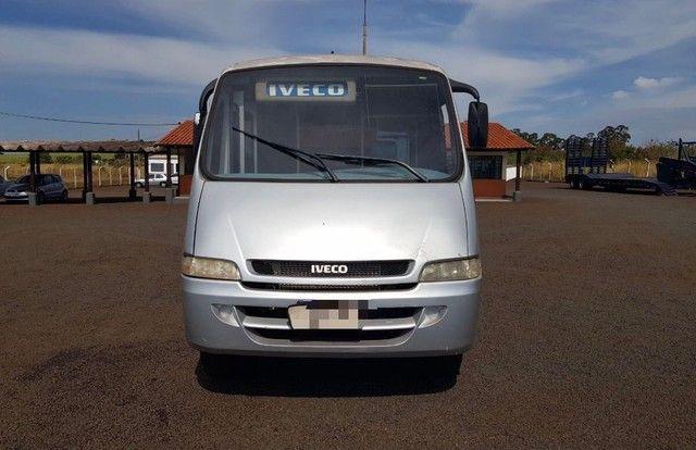 Micro Ônibus Neobus 24 Lugares Iveco Ano 2004 - Foto 2