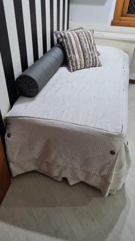 Cama completa com jogo de lençóis  - Foto 4