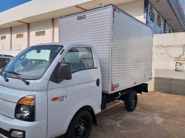 Hyundai HR Com Baú - Foto 9