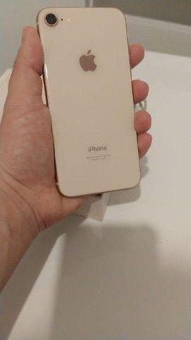 Iphone 8 barbada ótimo preço aceito cartão  - Foto 3