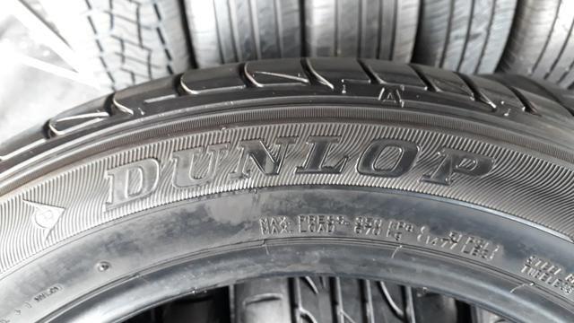 4 pneus Dunlop SEMI novo 215/55/17