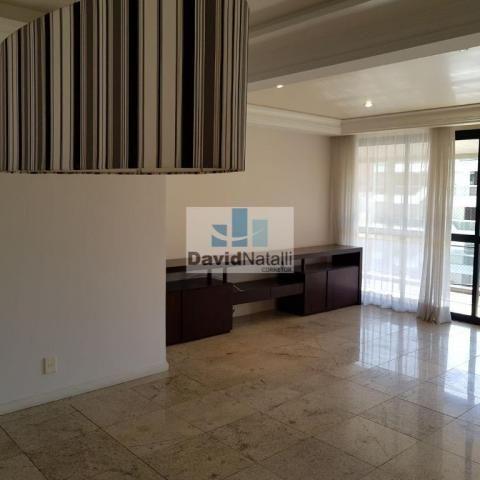 Excelente apartamento para locação 4 quartos com 3 suítes na Praia do Canto, Vitória