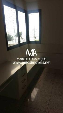 Apartamento no Edifício Chateau Larausse - Foto 6