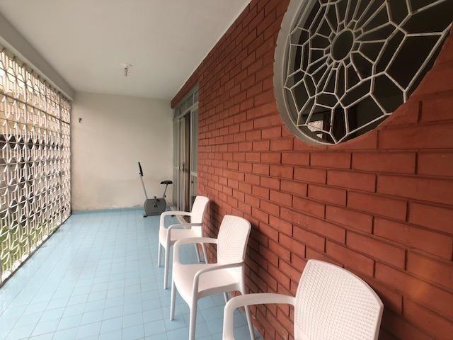 Casa para Comércio no Prado, ideal para Escolas ou Escritórios, 5 quartos + Dep - Foto 4