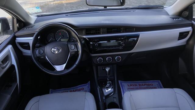 Toyota Corolla 2017 GLI Upper 1.8 Automático Flex Completo - Foto 13