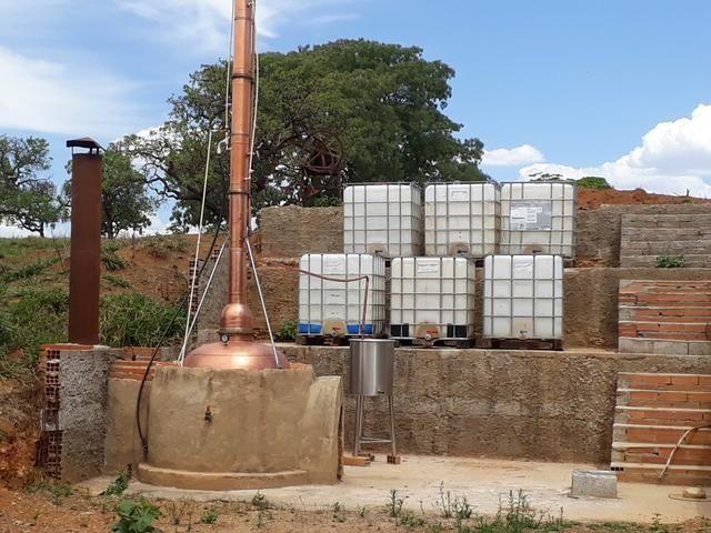ALAMBIQUE com micro usina de etanol e cachaça