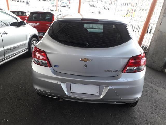 Vendo Chevrolet Onix 1.0 Flex completo - Foto 5