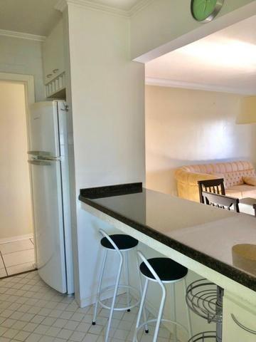 Apartamento 3 dormitórios mobiliada no Cabral - Foto 5