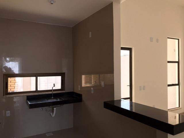 Casa Plana no Eusébio, 3 quartos, suítes, churrasqueira, excelente localização! - Foto 10