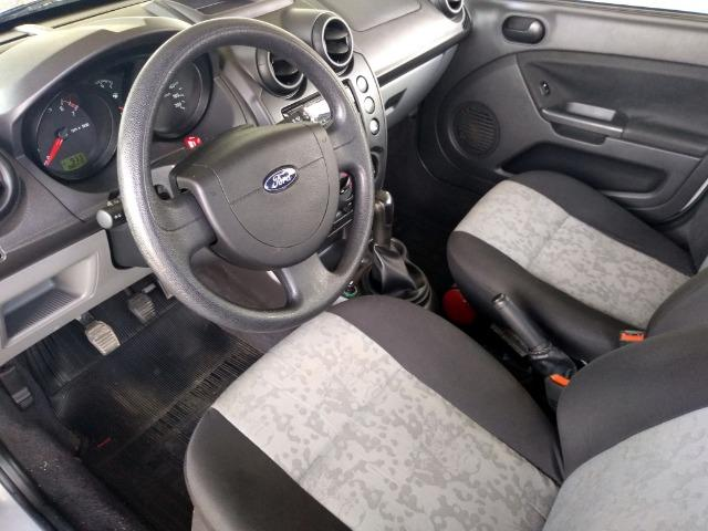 "Fiesta Sedan 1.0 Class Completo Impecável BX Km ""Impecável"" - Foto 10"