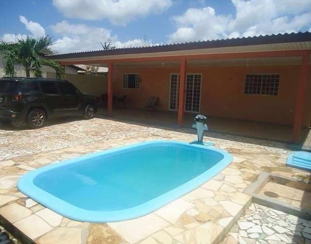 Casa com piscina na Zona Oeste
