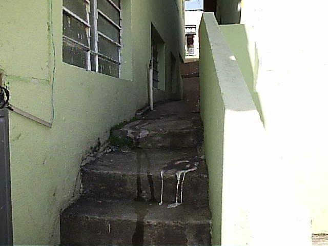 Casa de 1dorm 5x5,sala e coz conjugado,banh,com armario - Foto 4