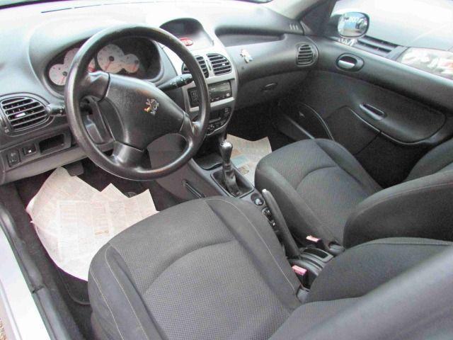 Peugeot 206 sw feline 8500 + parcelas direto pela loja sem burocracia - Foto 6