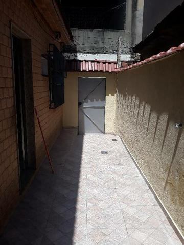 Alugo excelente casa em Vila residencial.  - Foto 17