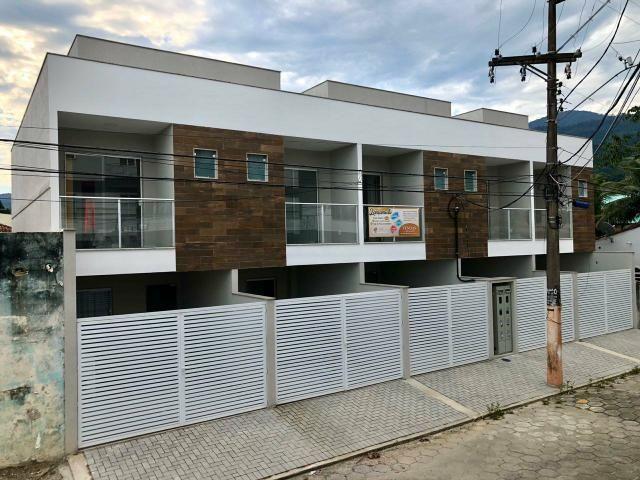 Imobiliária Nova Aliança! Vende Duplex Alto Padrão com Entrada para 2 Rua em Muriqui - Foto 2